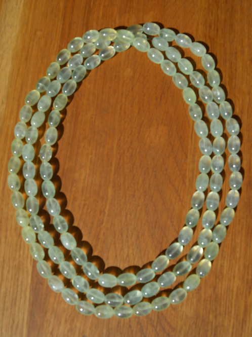 Collier en préhnite