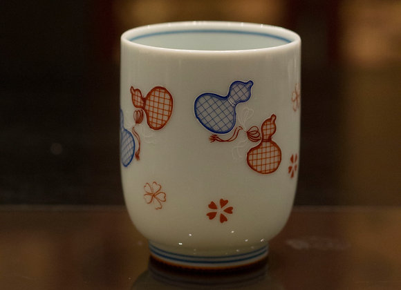 Blue and red porcelain tea cup