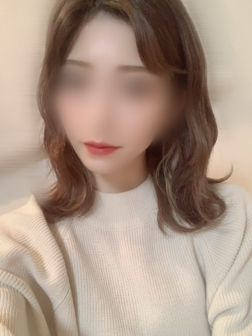 めい(24)