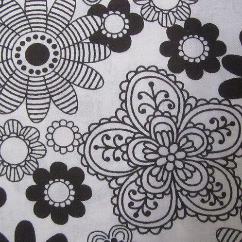 Ultriana - White/Black flower