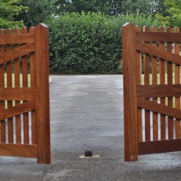 DSC_0871-Gate.jpg