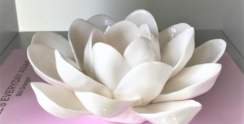 Peony candle holder white ceramic