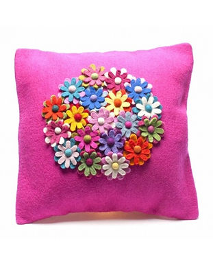 Divine_Cushion_Pink_2.jpg