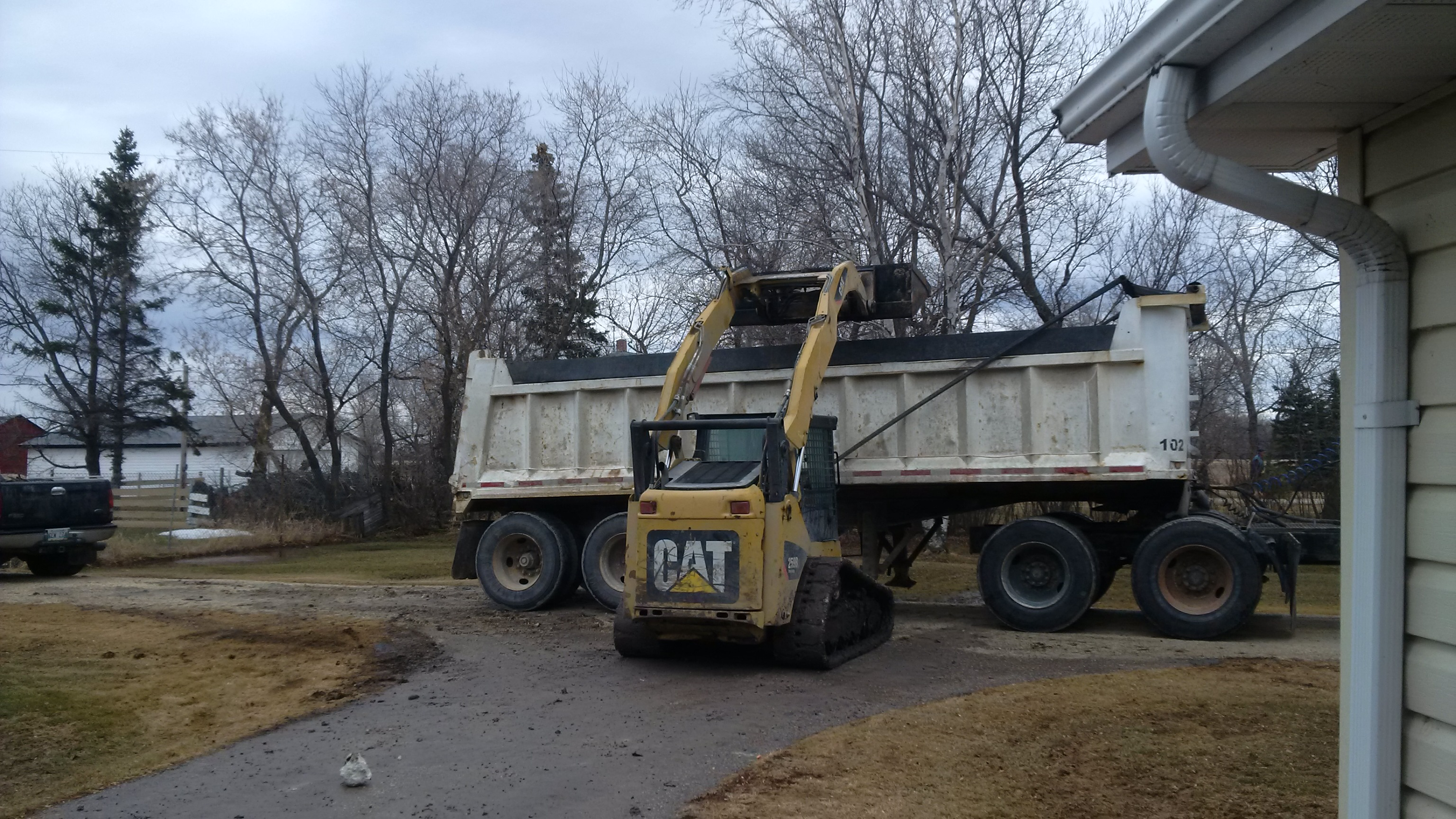 Skidsteer and Dump Truck Services