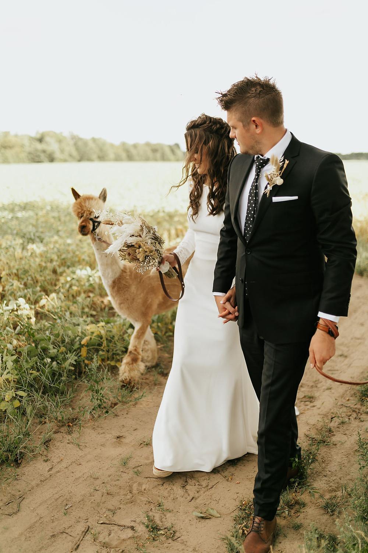 Canadian Wedding Magazine, Canadian Wedding Blog, Wedding Blog, Niagara Wedding, Niagara Wedding Photographer, Fine Art Wedding, wedding dress, wedding venue
