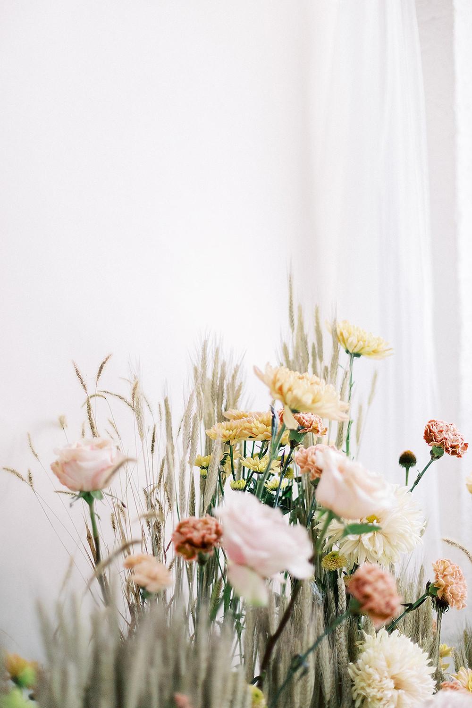 fine art weddings, fine art blog, fine art magazine, wedding blog, wedding magazine, canadian weddings, brides, bridal inspiration, wedding dress, wedding suit, wedding rings, wedding flowers, fine art blog, wedding blog, wedding magazine, tale of tulle, wedding photography, wedding planning, wedding ideas, luxury weddings