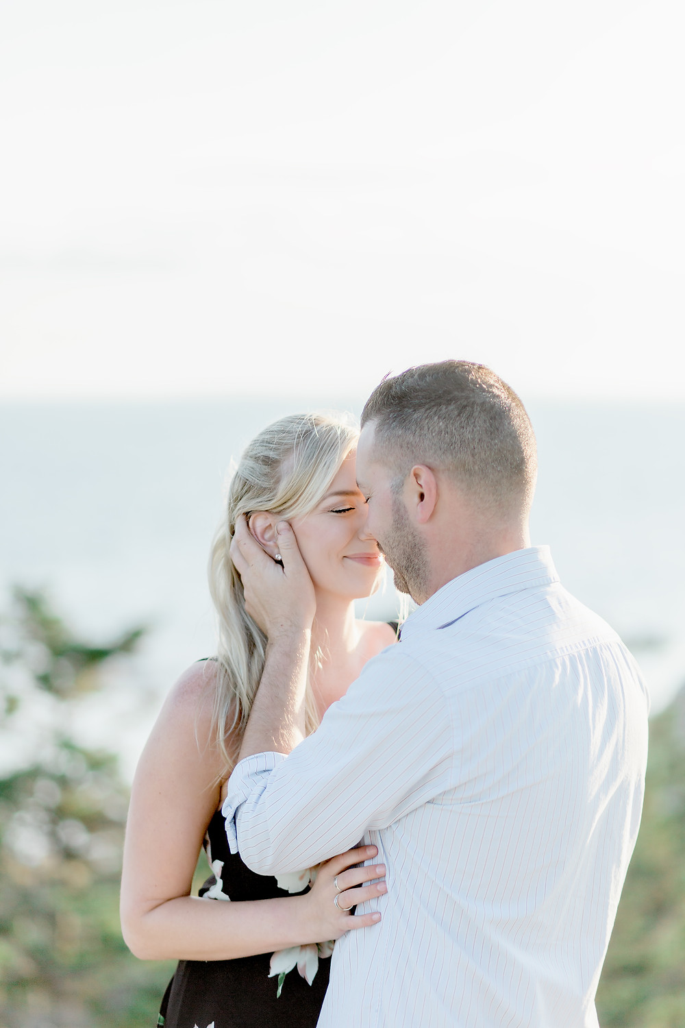 tale of tulle, canadian weddings, nova scotia weddings, cliffside engagement, summer engagement inspo, engagement photos, halifax weddings, halifax photographer, weddings of nova scotia, halifax wedding vendors, what to wear for engagement photos, light and airy photography