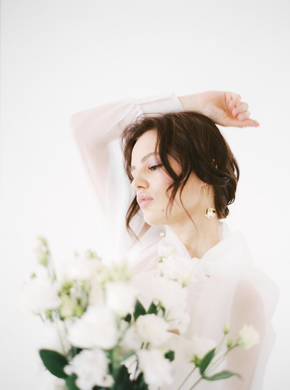 fine art wedding magazine, tale of tulle, luxury weddings, modern bridal inspo, modern bride, modern weddings, minimalist wedding, bride inspiration, wedding dress, wedding shoes