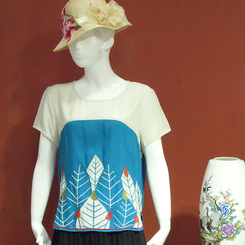 Leafy Embroidery Top - Blue