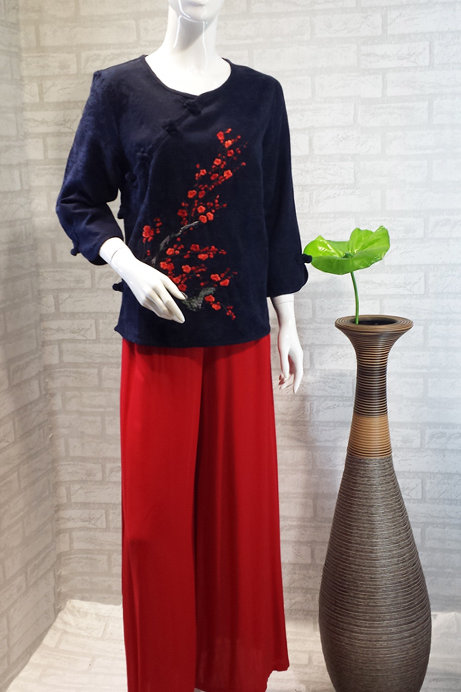 Navy Blue Embroidery Top