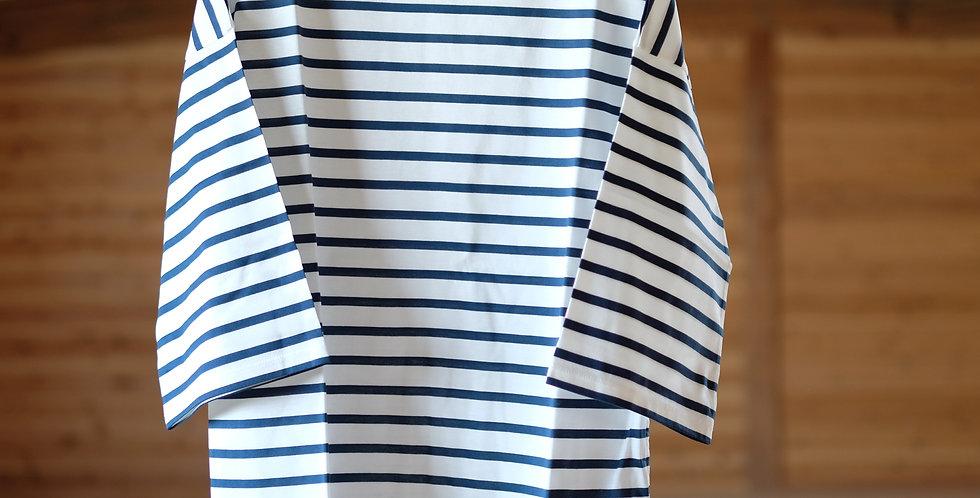 CHEVAL plus 白いロープの海Tシャツ
