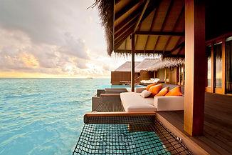 Ayada Maldives villas+SUNSET+OCEAN+SUITE+(6).jpg