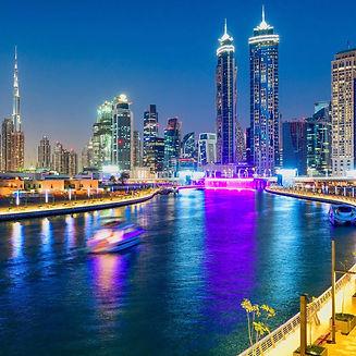 JW-Marriott-Marquis Dubai night.jpg