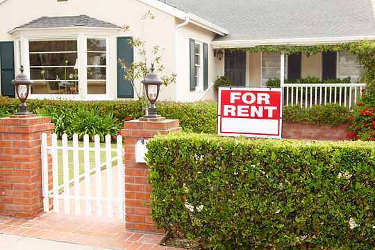 House with for rent sign