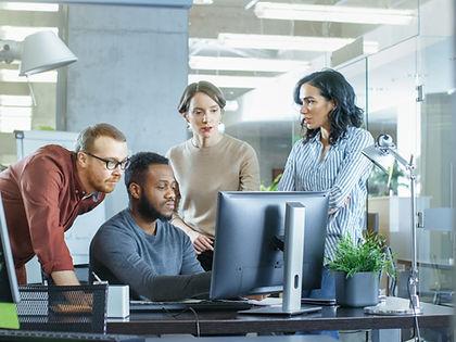 Business-Team-Computer.jpeg