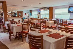 Restaurante 2_Easy-Resize.com.jpg