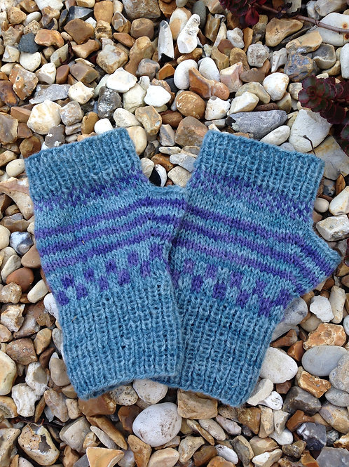 blue fingerless mittens