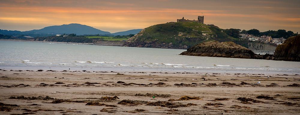Landscape, straight horizon - Criccieth Castle, Wales