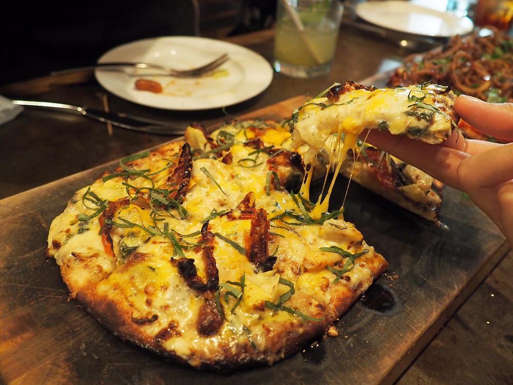 stone nullah tavern | artichoke pizza