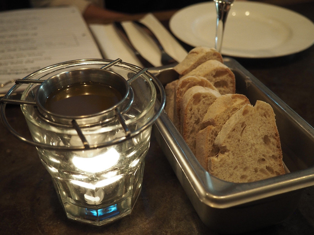 stone nullah tavern | bread