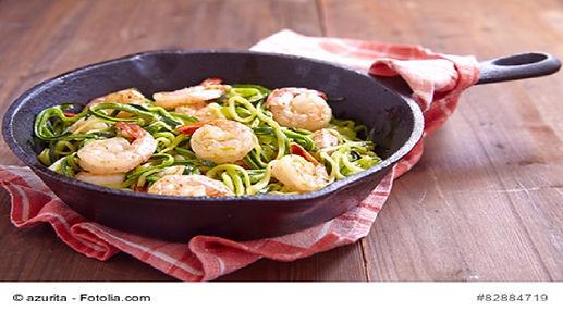 Zucchini-Spaghetti mit Garnelen.jpg