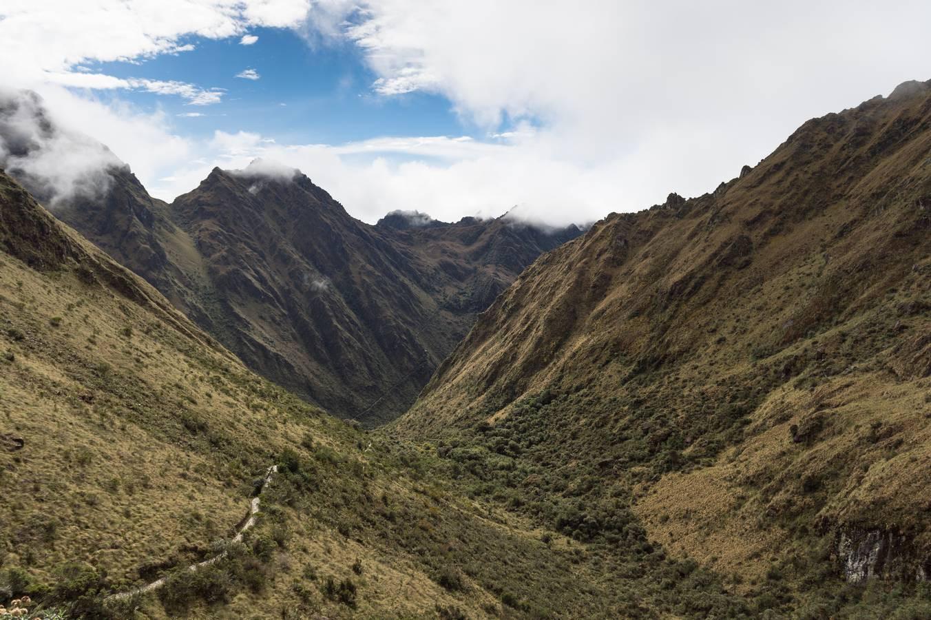 Het pad dat voor ons ligt tijdens Dag 2 van de Inca Trail