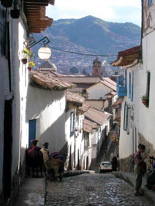 De nauwe straatjes van Cusco