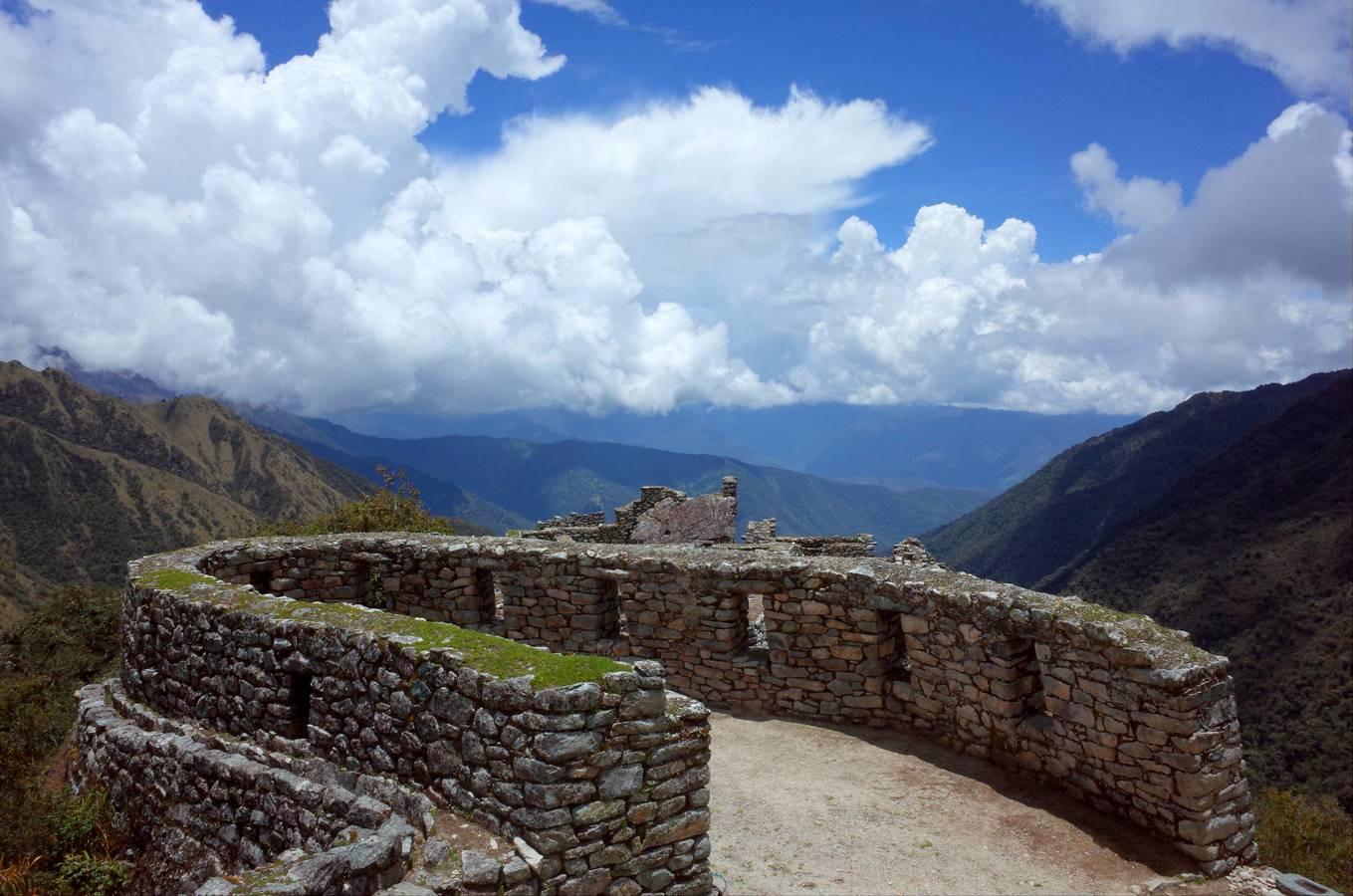 De ruines van Sayacmarca