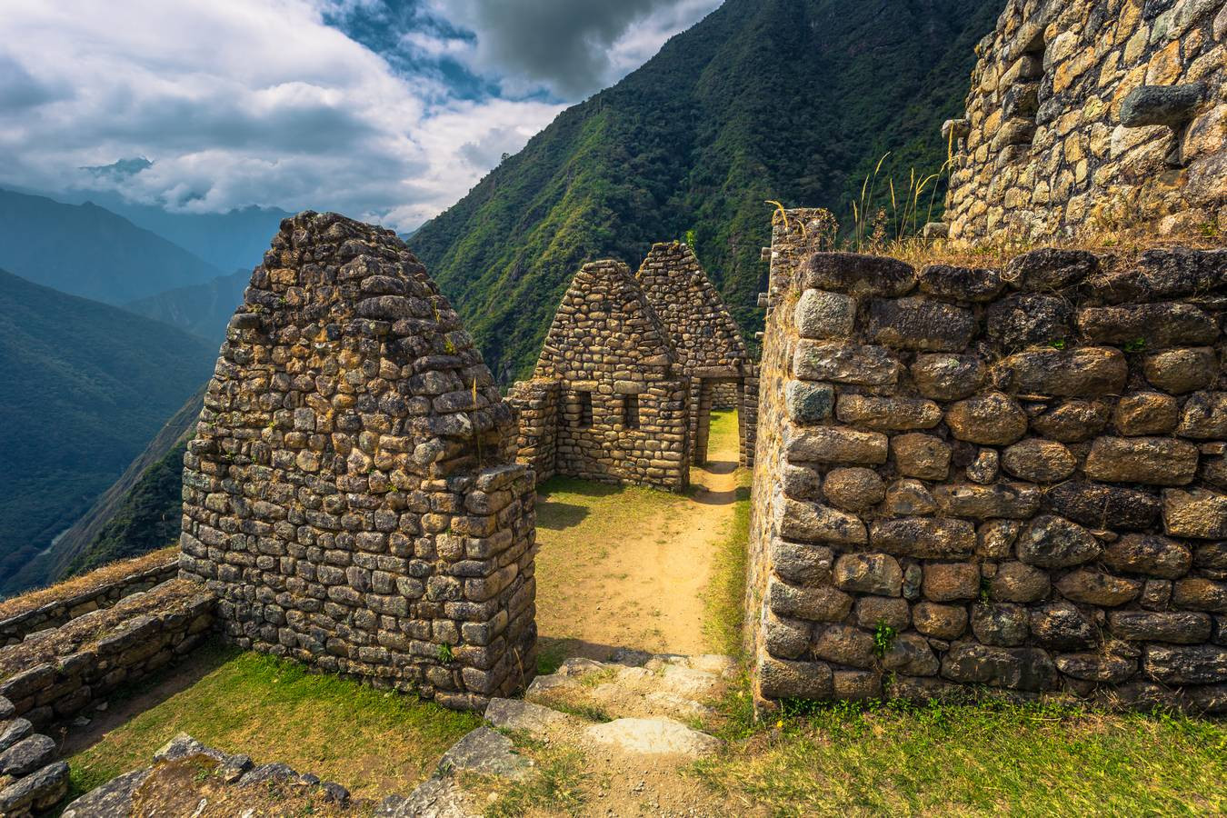 De huisjes van Winay Wayna