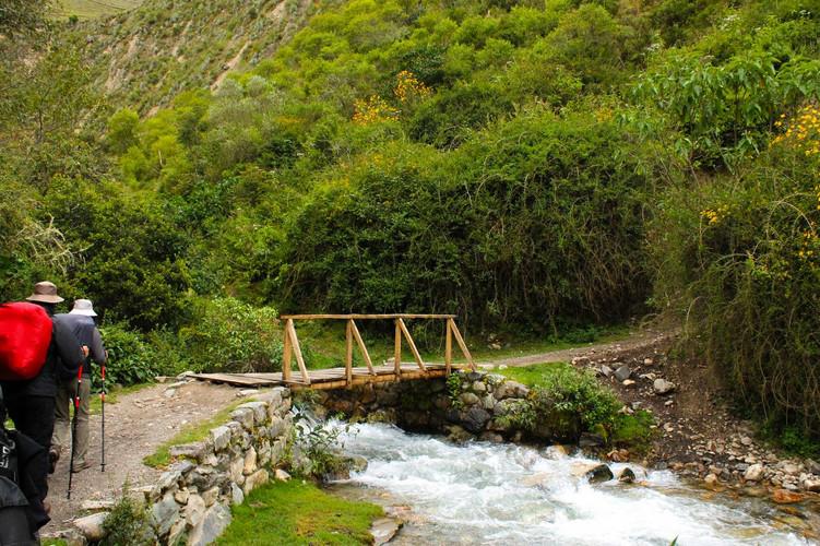 Bruggetje over de Cusichaca rivier