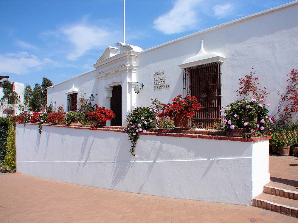 Larco-Museum-02