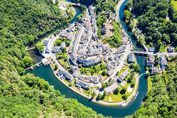 Esche-sur-Sure - Depositphotos_280573178