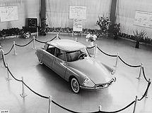 Citroen-DS_19-1956 ko.jpg