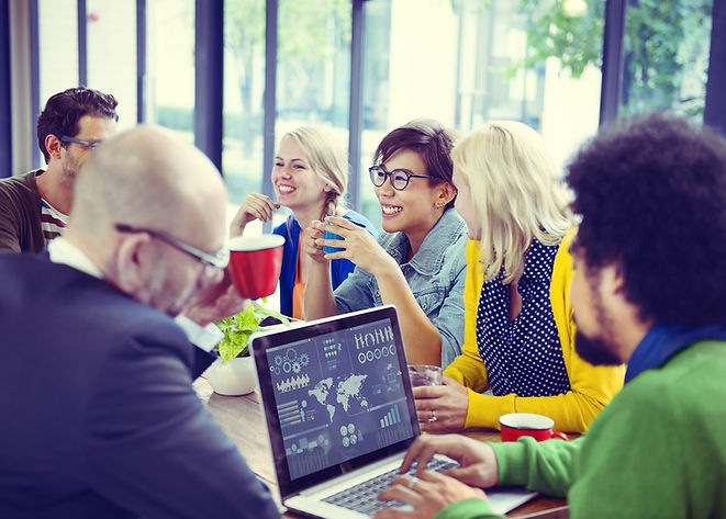 reunião da equipe de marketing