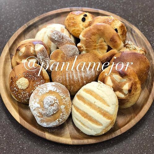 Pan surtido Guatemalteco Grande/ Mix Guatemalan Bread large