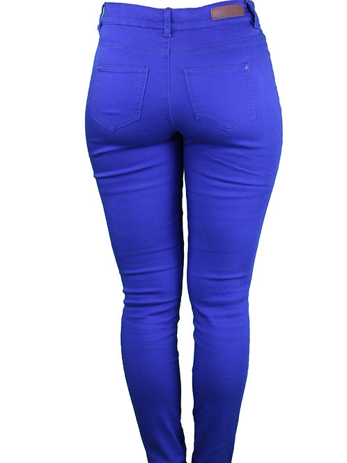 Pantalón Skinny azul.