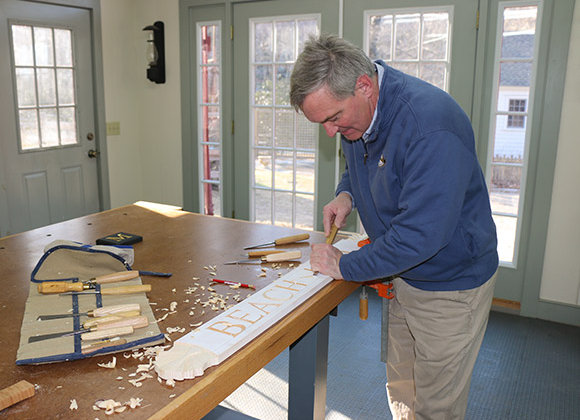 Carve a House Quarterboard with Peter McKenna