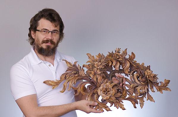 Alexander-Grabovetskiy-wood-carving-clas