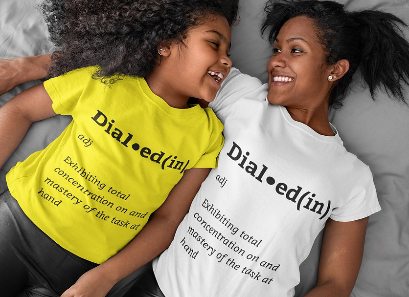 tee-mockup-of-a-mom-and-her-daughter-lyi