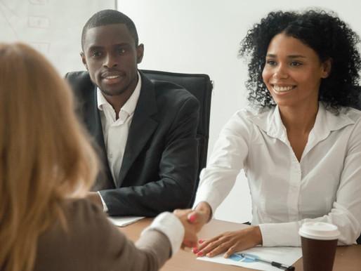 Trabalhar como babá: 7 dicas para o sucesso em uma entrevista de emprego