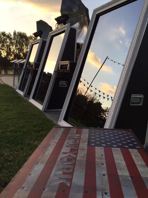 JamBooth Photos Mirror Me Booth Outdoors Patriotic