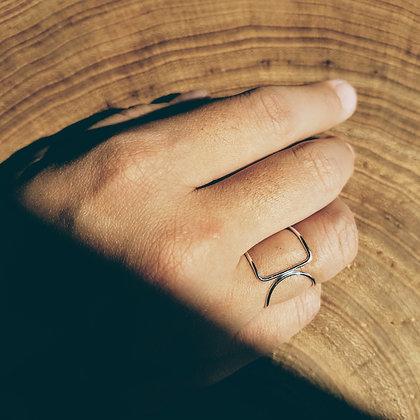 Sakkaku Ring