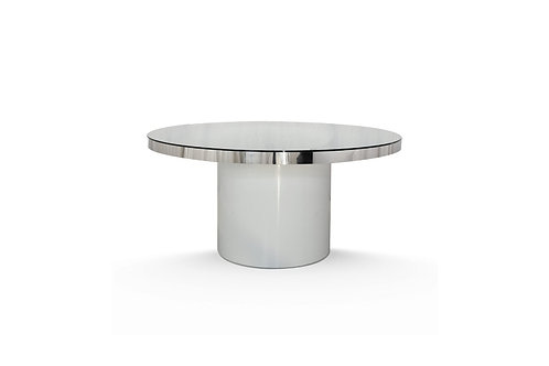 Silver Serenity Cake Table