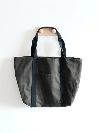 Tmavě zelená taška