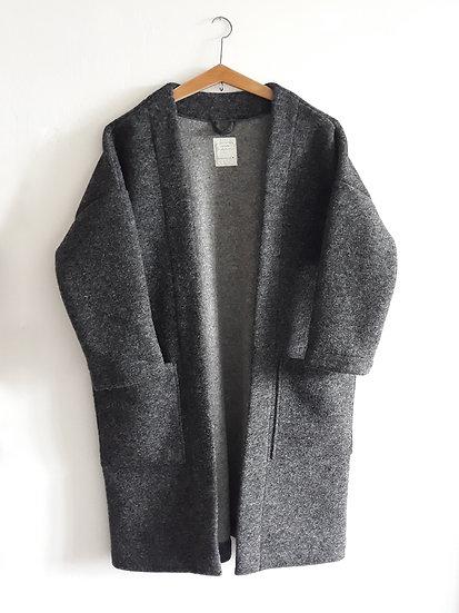 Kabát s přímesí vlny tmavě šedý