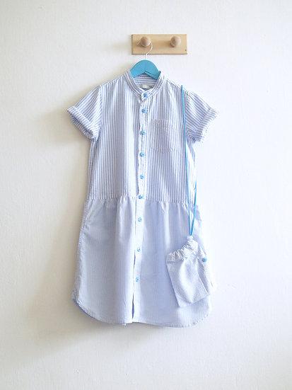 Košilové šaty s modrým proužkem