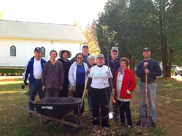 And Apples There Were! – Our First Public Orchard is in the Ground in Fleischmanns