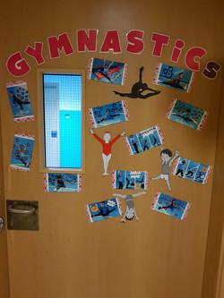 KG Gym door