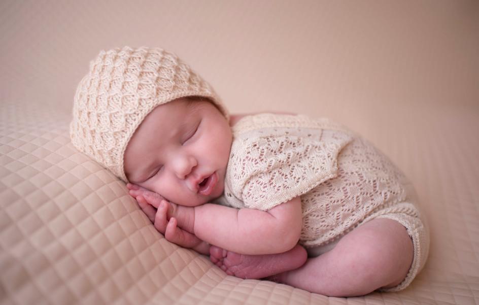 womb pose