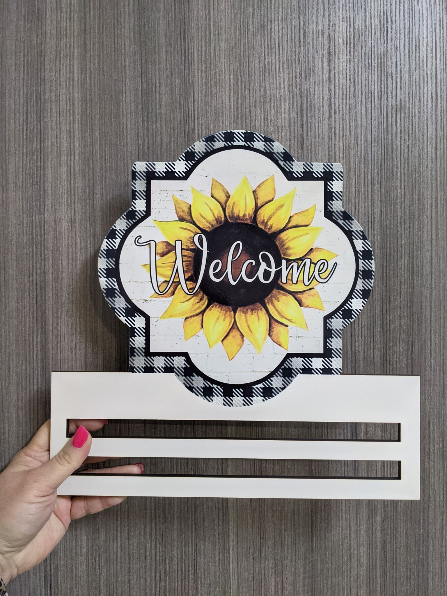 Welcome Sunflower wreath rail